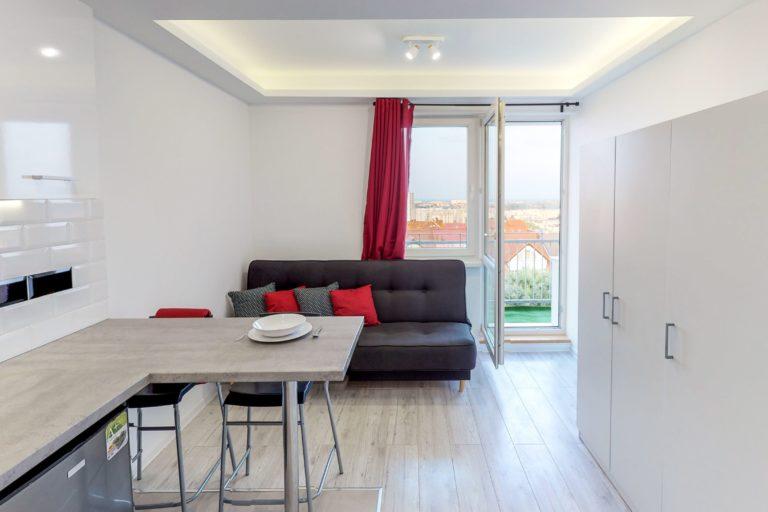 pokój z balkonem w mieszkaniu na wynajem w gdańsku